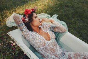kobieca_sesja_w_wannie